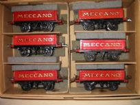 Set of 6 Hornby Meccano Wagons